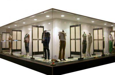 W odzieży męskiej mamy różne dodatki