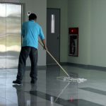 Jak wybrać dobrą firmę sprzątającą?